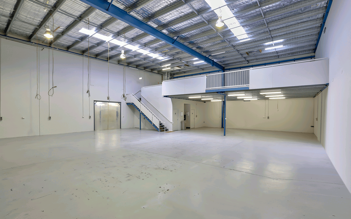 Vivid Productions Commercial Real Estate Photography - Spacious Empty Warehouse