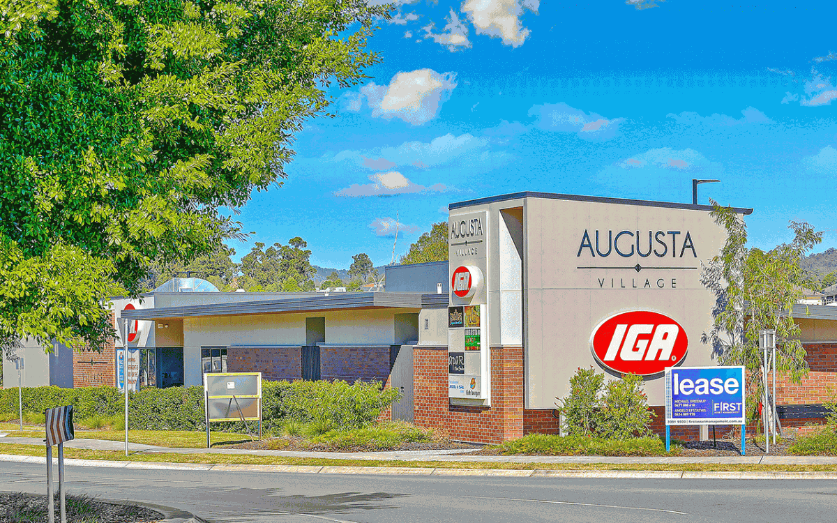 Vivid Productions Commercial Real Estate Photography - Augusta Village IGA Business Office